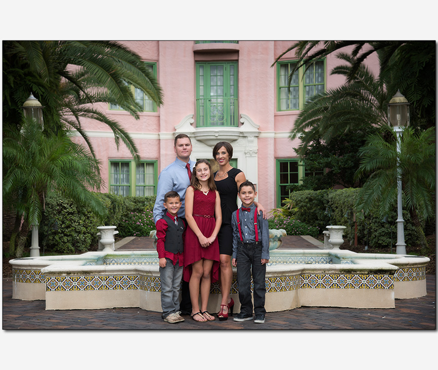 family by fountain The Vinoy Renaissance Hotel